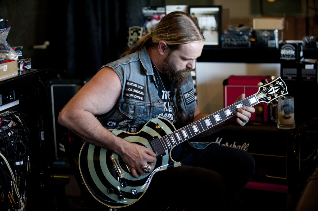 Zakk Wylde Lost His Gibson Les Paul Custom On Tour The